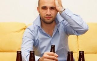 Почему после алкоголя болит голова